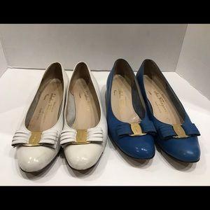 Salvatore Ferragamo 2 Pair Bow  Blue/White 8.5 AAA